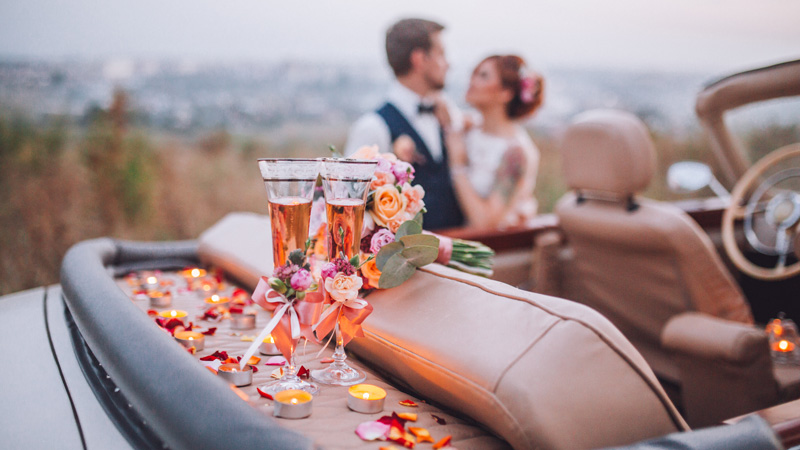 5 Must-Have Cocktails To Rock Everyone's Wedding Spirits